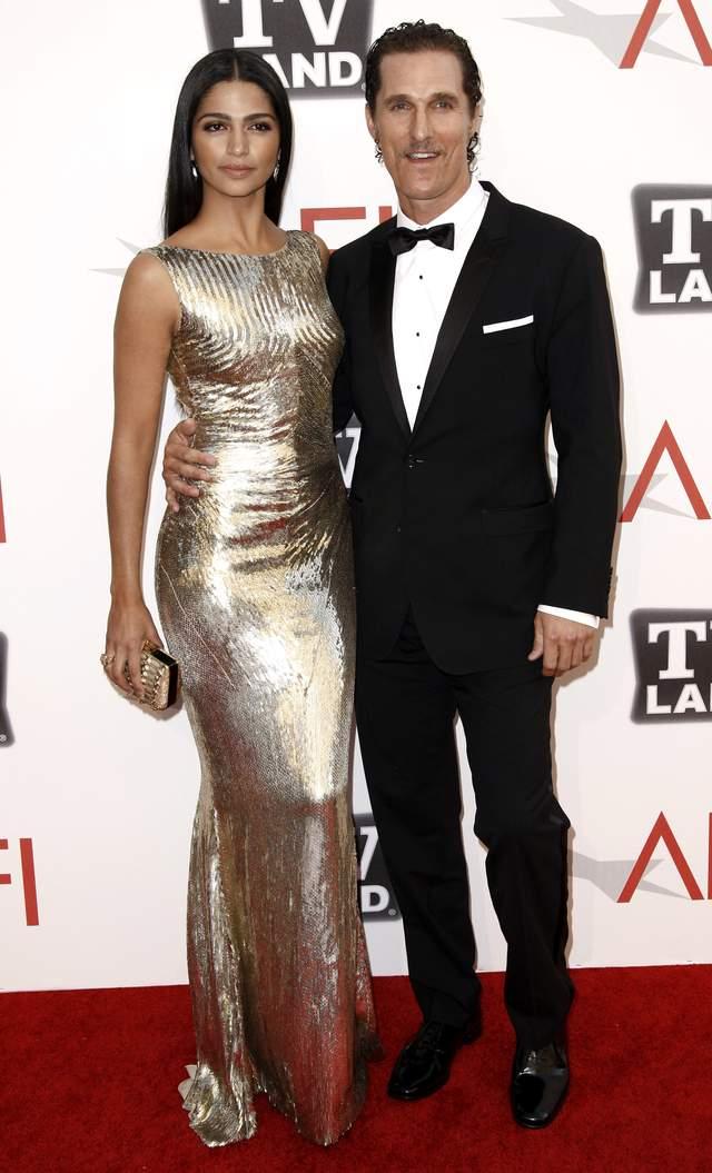 Matthew McConaughey se casó el sábado en Austin, donde vive, con Camilla Alves.