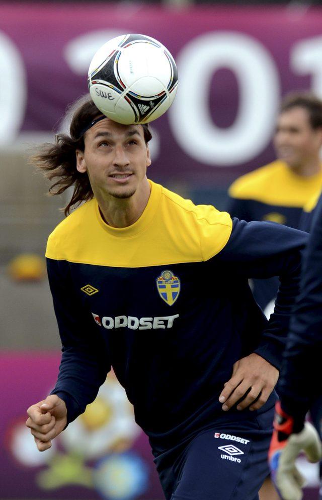 El astro sueco Zlatan Ibrahimo-vic está listo para el debut.