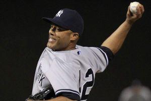 Rivera salió 'perfecto' de cirugía de rodilla