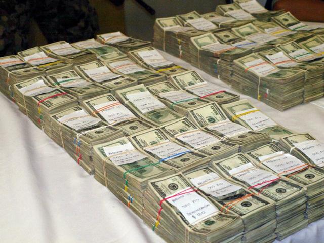 Presuntamente fue detenido por por el delito de lavado de dinero.