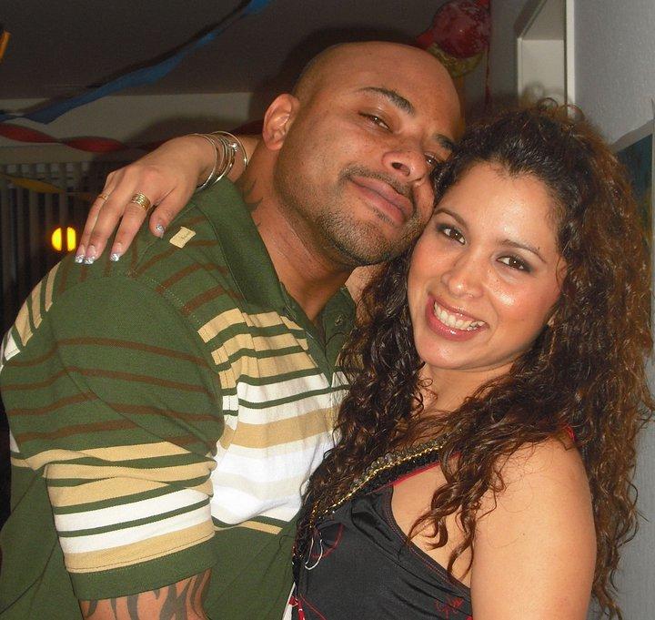Desmond y Melissa. Distinta cultura.  Diferente raza. Un mismo amor.
