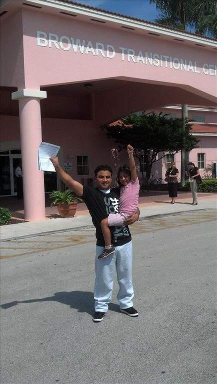 Liberan a guatemalteco detenido por manejar sin licencia