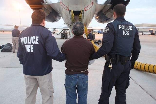 """""""Feliz"""" Día del Padre… deportado"""