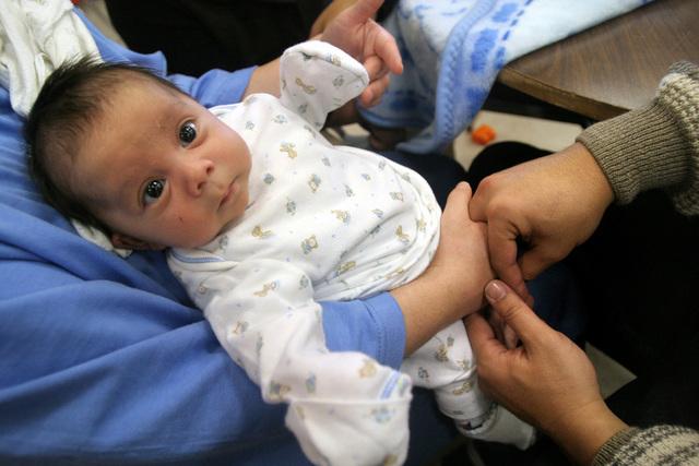 Cerca del 7 % de niños en Estados Unidos tienen como mínimo un padre indocumentado