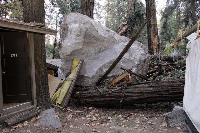 Riesgo de avalanchas obliga al cierre de áreas de Yosemite
