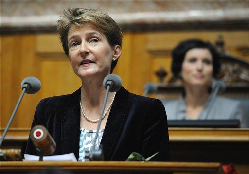"""La ministra de Justicia, Simonetta Sommaruga, es escéptica de la iniciativa argumentando """"parálisis democrática""""."""