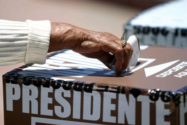 Critican falta de voto migrante en elección