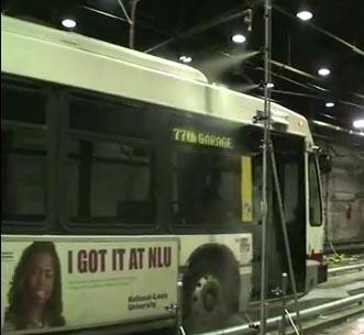 Combatirán el calor en Chicago con  autobuses eléctricos