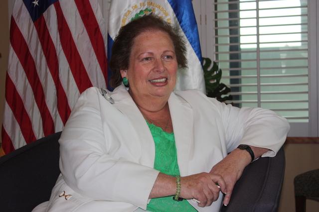 Senado ratifica a Mari Carmen Aponte
