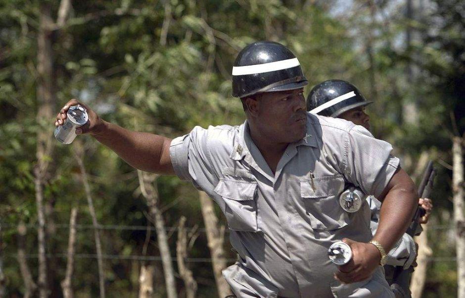Protestas en República Dominicana dejan tres muertos