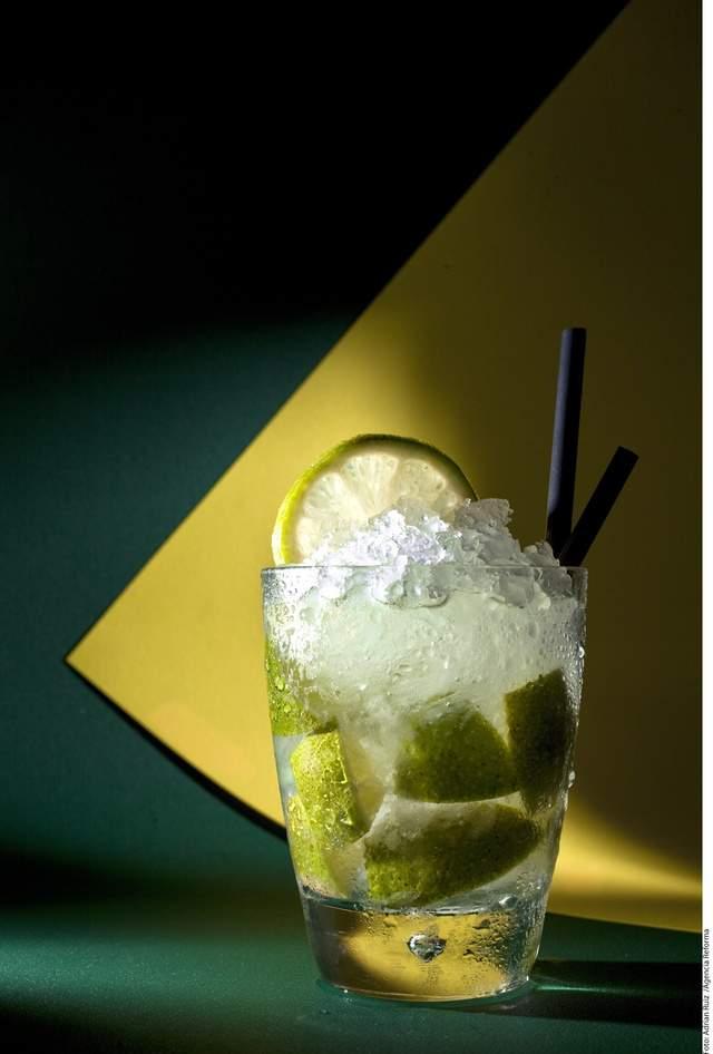 Caipirinha: bebida original del Brasil