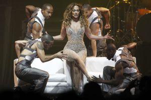 """Chile: """"Como vocalista, JLo es    una gran bailarina"""""""