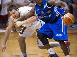 Walter Hodge terminó líder de anotaciones en Centrobasket