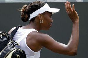 Vesnina acaba con Venus Williams sin piedad