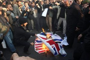 Teherán y Londres formalizan cierre de embajadas
