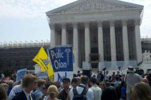 Corte Suprema mantiene reforma de salud de Obama
