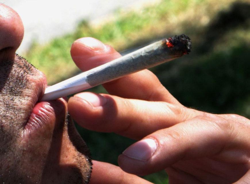 Chicago sólo multará a poseedores de marihuana