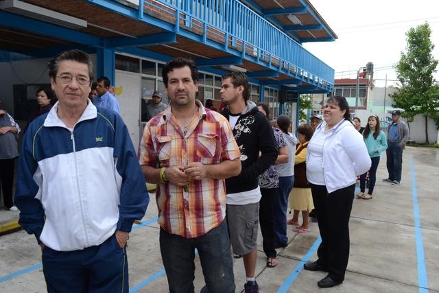 Arrancaron tarde los comicios en GuadalajaraArrancan tarde las elecciones en Guadalajara