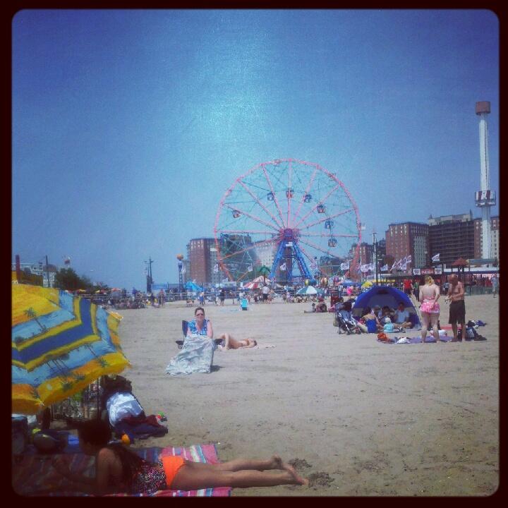 Día de verano en Coney Island