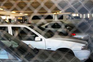 ¿Puedo comprar un auto en una subasta sin tener una licencia comercial?