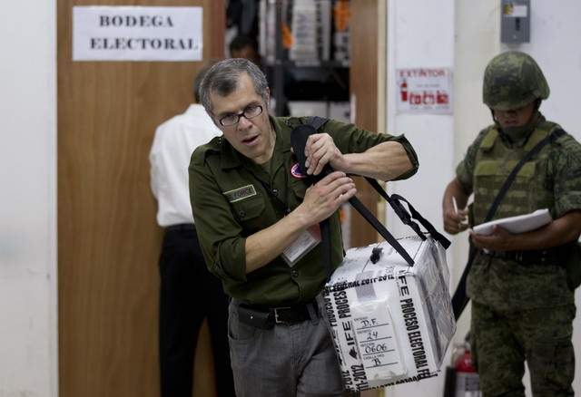 México: El IFE busca irregularidades