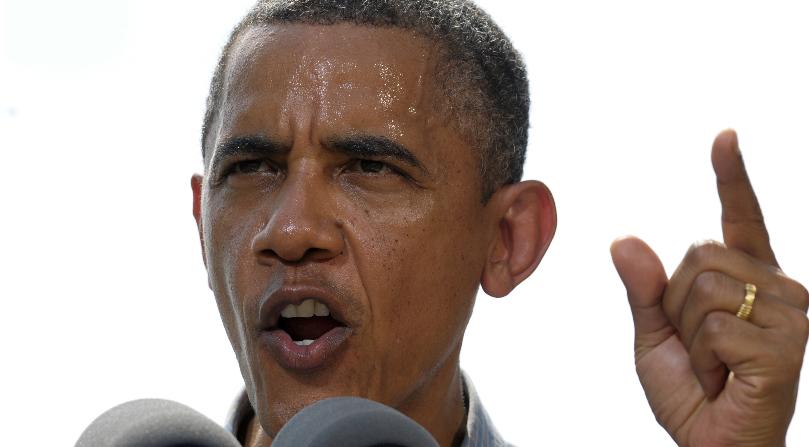 Obama alega que Romney cede a presiones