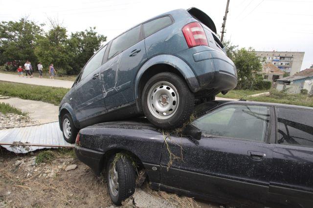 Inundaciones dejan más de cien muertos en Rusia