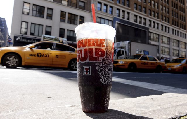 Hoy marchan contra plan para prohibir sodas grandes en NY