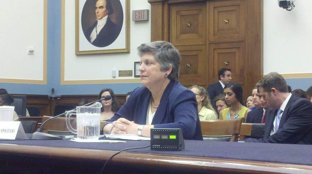 La secretaria del Departamento de Seguridad Nacional, Janet Napolitano, durante la audiencia hoy en el Congreso.