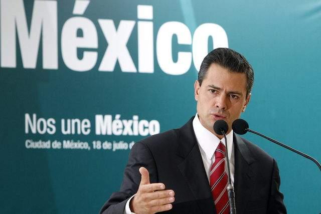 Enrique Peña Nieto dijo que una vez que asuma como Presidente, dará los pasos  para crear la Comisión Nacional Anticorrupción.