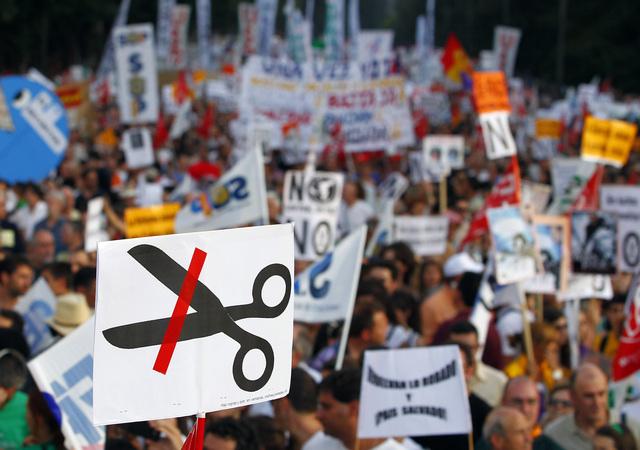 Centenares de miles de personas marcharon ayer por ciudades como Madrid (foto) además de Barcelona y Bilbao.