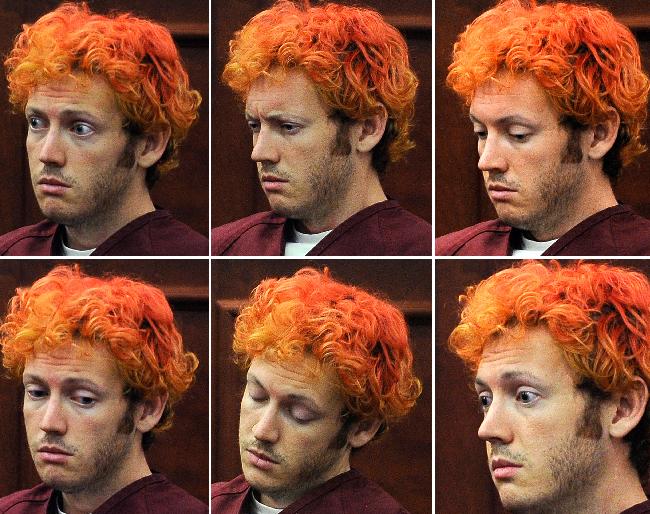 Holmes lucía desorientado ayer durante su primera vista en el tribunal.