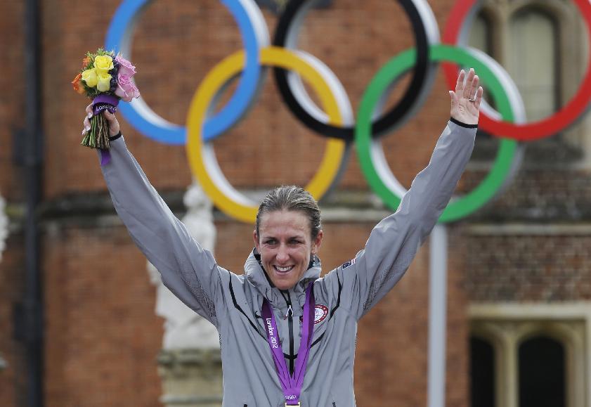 Olimpiadas 2012: Armstrong gana oro en ciclismo femenino