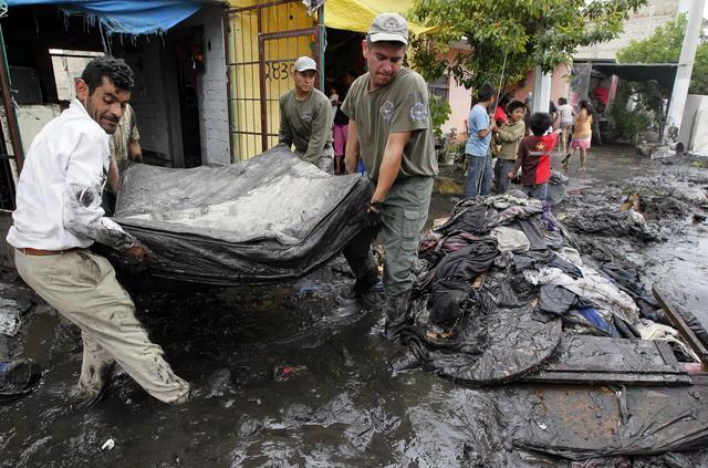 Llegada de 'Ernesto' a NicaraguaErnesto provoca evacuaciones en Nicaragua, alerta en Honduras