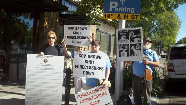 Dueños de casa presionan al gobernador de California