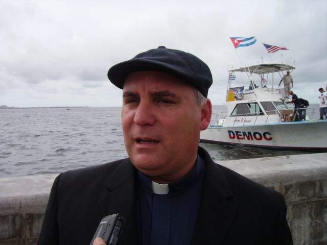 Exiliados cubanos preparan flotilla hacia Cuba