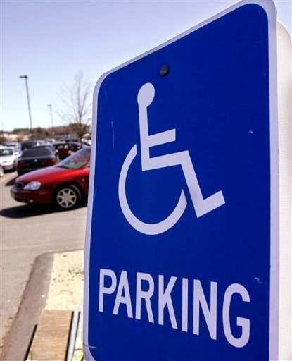Sufren uso irresponsable de permiso para discapacitados
