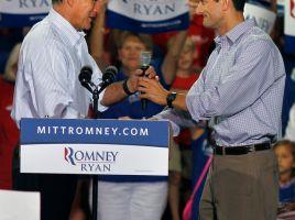 Ryan da energía a gira de Romney