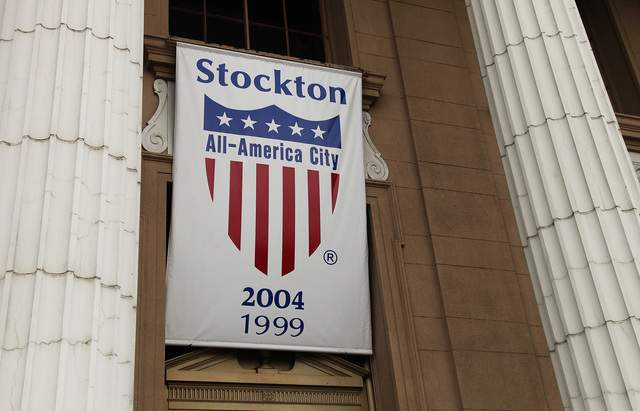 Advierten de próximas bancarrotas en California