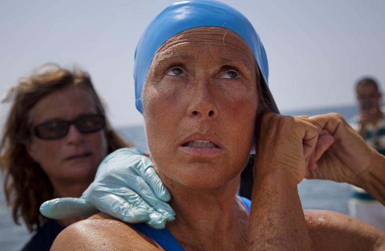 Diana Nyad abandona cuarto intento de travesía Cuba- Florida (Fotos y video)