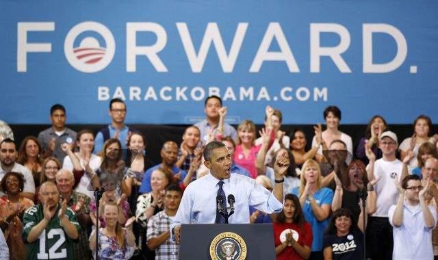 Obama y Romney rivalizan en carrera veloz por la presidencia (Video)