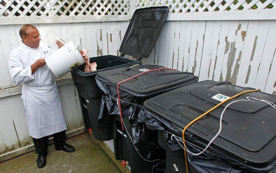 Estadounidenses desperdician 40% de la comida