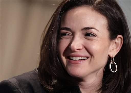 Directora de Facebook y JLo: de las influyentes de Forbes (fotos)