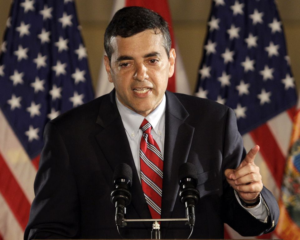 No es la primera vez que el republicano Rivera es involucrado en temas de fiscalización de campañas políticas.