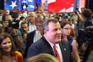 """Christie critica a Obama y la política al estilo """"Chicago"""""""
