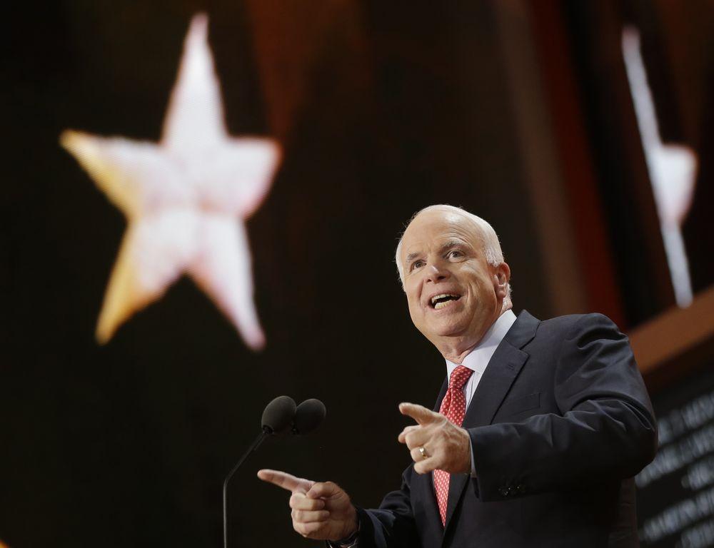 McCain: Romney representa la esperanza para EE.UU. y para el mundo