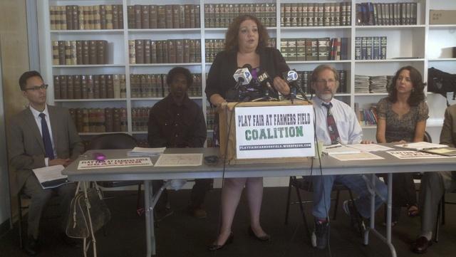 Martha  Arguello, de  Médicos por Responsabilidad Social, dijo que no es justo que una  compañía compre una ley.