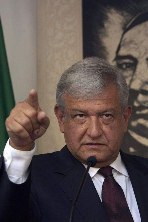 López Obrador repudia fallo electoral en México (Fotos)