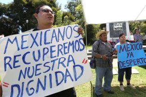 Protestan contra Peña Nieto en LA