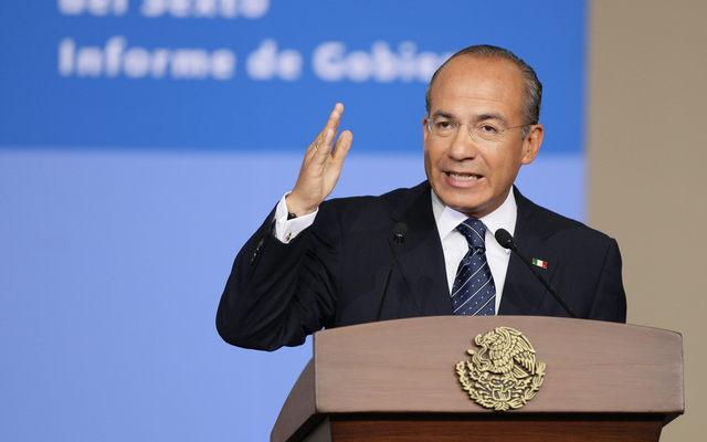 Calderón pide que apoyen a Peña Nieto